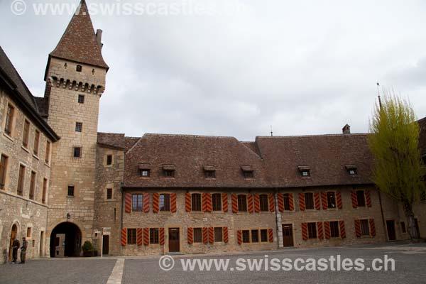 Neuchatel   Le Chateau De Colombier